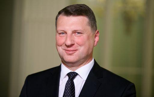 Lettonia, Vejonis eletto presidente