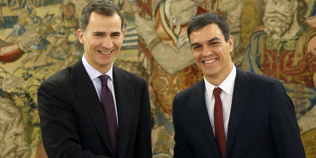 Spagna, Governo Sanchez: 10 donne e 5 uomini (lui compreso)