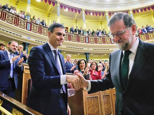 Spagna: Rajoy sfiduciato, Sanchez nuovo premier