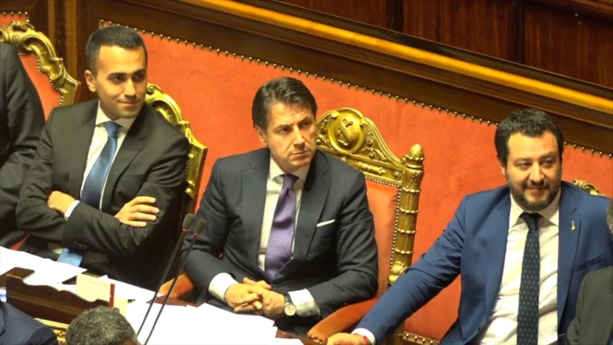 Manovra, rabbia e delusione dei sostenitori del governo sui social