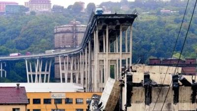 """Ponte Morandi, Di Maio e Salvini: """"Revoca concessione Autostrade e multa fino a 150 milioni""""."""