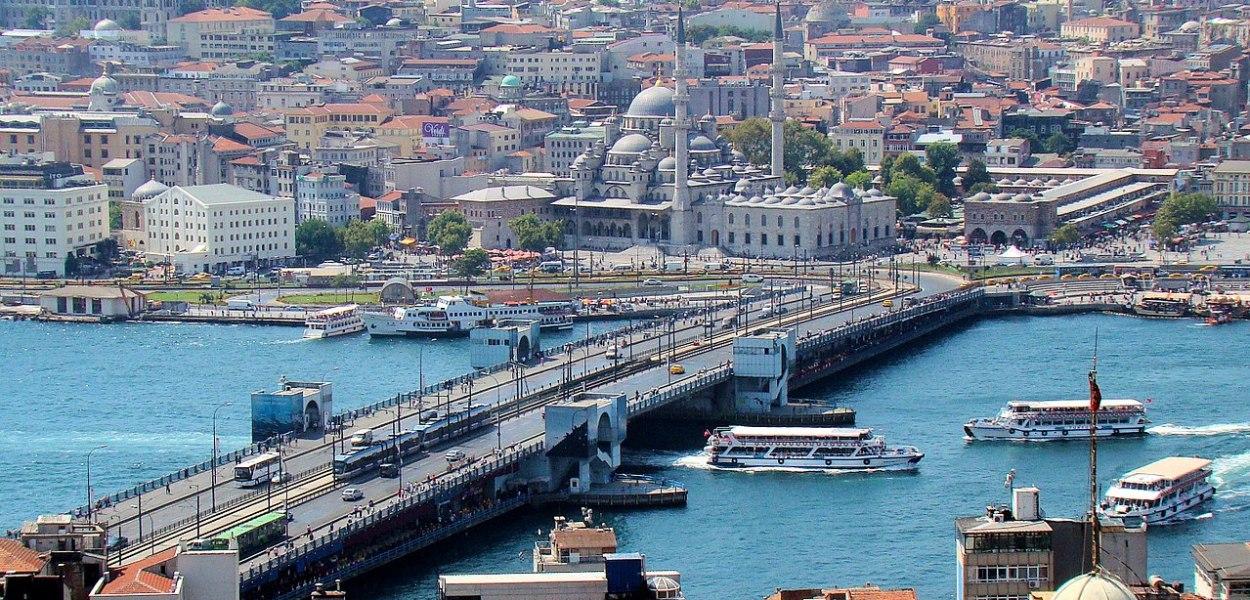 Le fantastiche idee di Danilo Toninelli per il nuovo Ponte Morandi