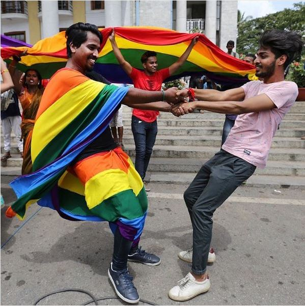 India, sentenza storica omosessualità non è più reato