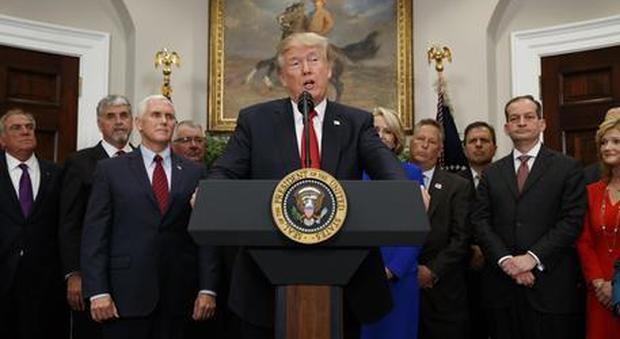 Trump rottama lo storico trattato nucleare con la Russia: «Serve una nuova intesa»