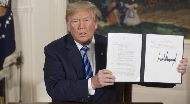 Trump colpisce l'Iran e ripristina le sanzioni.
