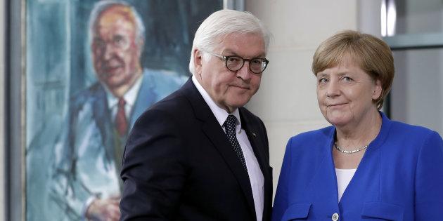 Hackerati i dati personali di centinaia di politici tedeschi