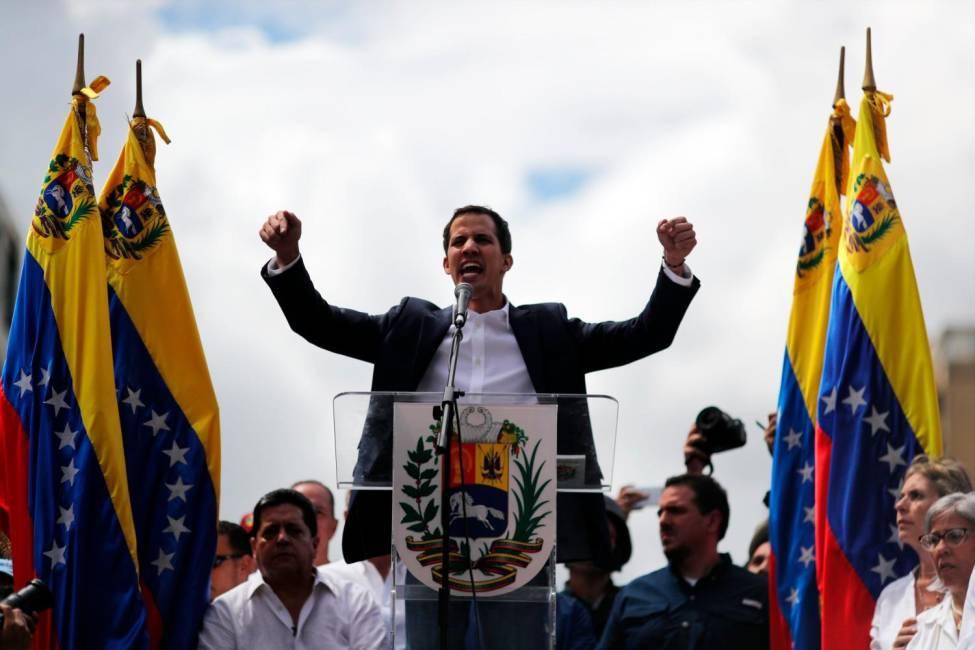 Venezuela. «Si, se puede», Guaido si proclama presidente