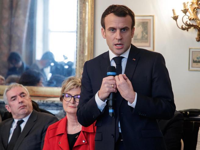 Il governo di Parigi: «Le battute di Di Maio e Salvini non hanno evitato all'Italia di entrare in recessione»