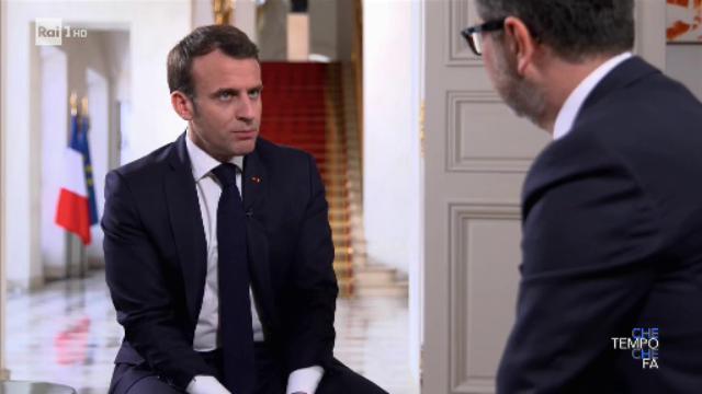 Macron parla italiano e chiude le polemiche con l'Italia