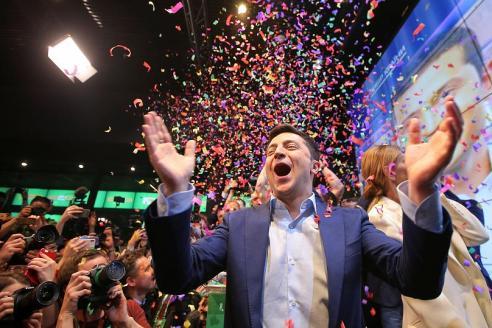 Ucraina, il comico Zelenskij è il nuovo presidente