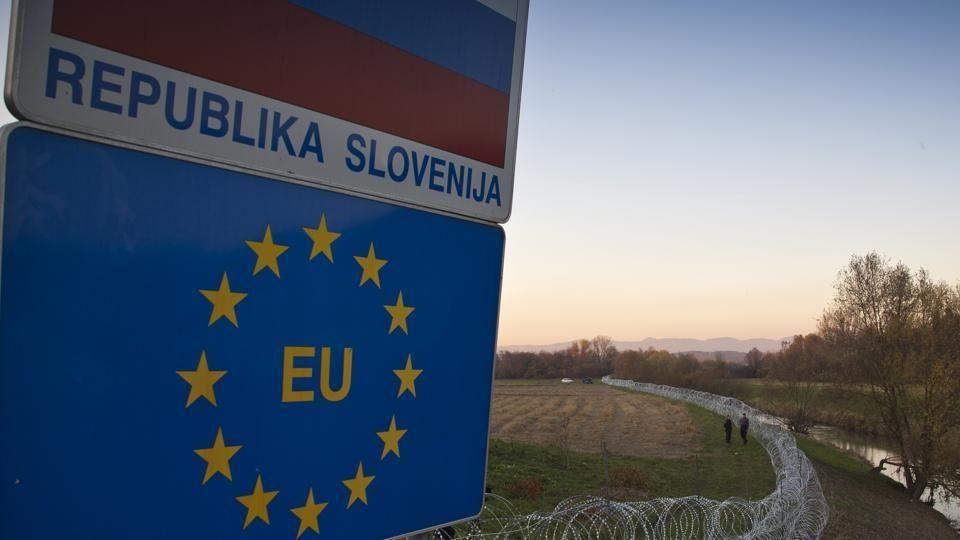 Si allunga la barriera di filo spinato tra Slovenia e Croazia