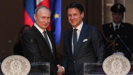 """Bilaterale Italia-Russia, Conte: """"Lavoriamo per superare le sanzioni""""."""