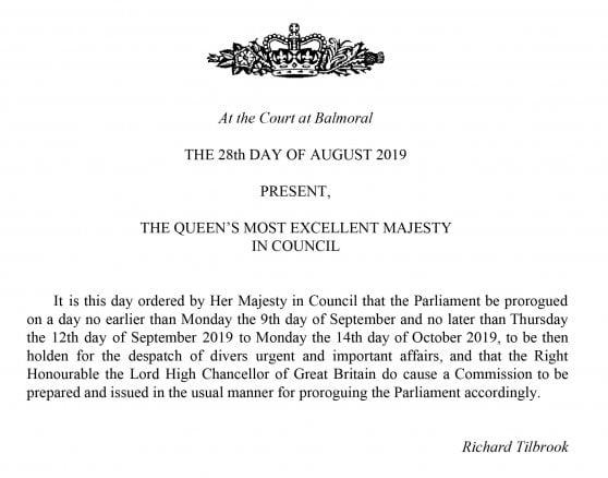 Brexit, Johnson chiude il Parlamento fino al 14 ottobre: la Regina autorizza sospensione