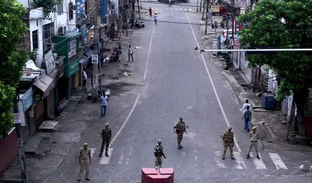 L'India cancella l'autonomia del Kashmir
