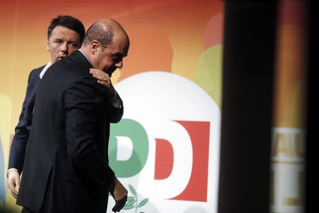 Pd, Renzi invitato all'uscita