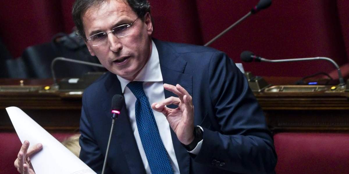 "Governo impugna legge del Friuli Venezia Giulia: discriminatoria verso i migranti. Fedriga: ""Vergogna assoluta"""