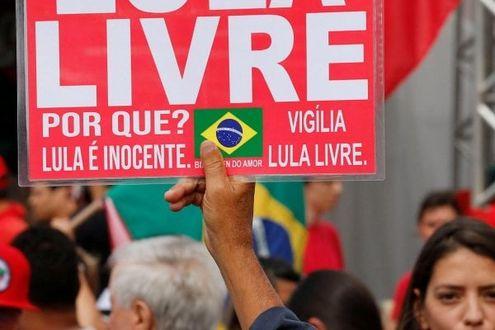 Brasile: Lula è libero, il giudice accetta la richiesta della difesa