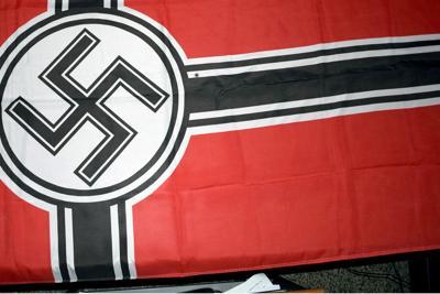 Dresda dichiara l''emergenza nazismo'