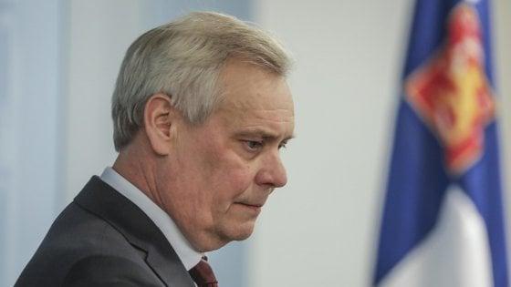 Finlandia, Rinne sfiduciato si dimette