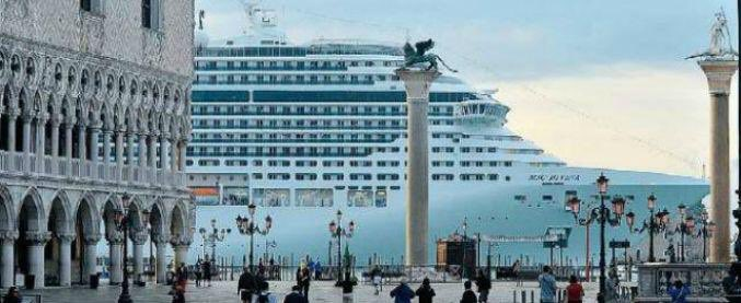 "Grandi Navi a Venezia, Franceschini: ""Entro fine mandato nessuna passerà a San Marco"""