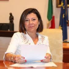 """Autostrade, la De Micheli annuncia: """"A gennaio decideremo sulla revoca"""""""