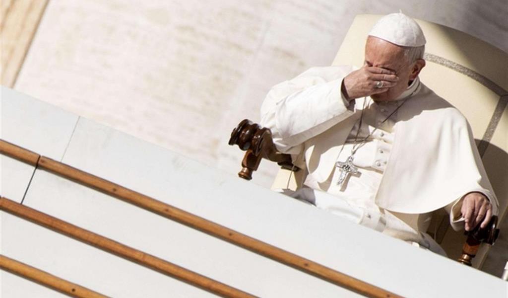 Papa Francesco abolisce il segreto pontificio per i casi di pedopornografia