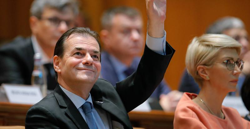 Romania, il governo di centrodestra di Ludovic Orban ha ottenuto la fiducia