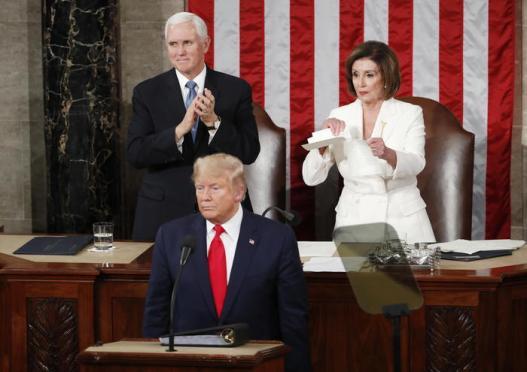 Trump assolto in Senato dall'accusa di abuso di potere