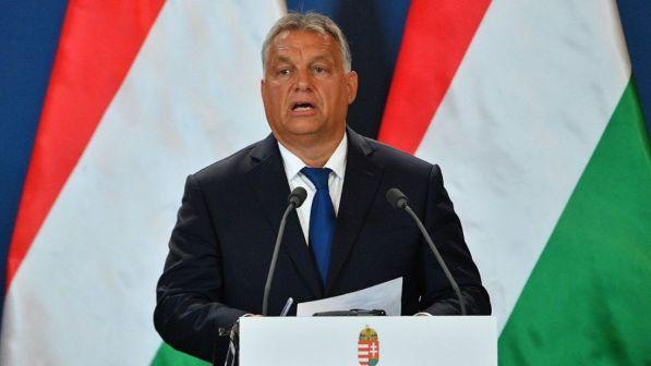 Coronavirus, Parlamento ungherese dà pieni poteri al premier Orban