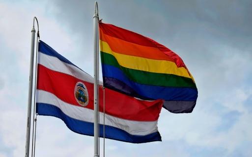 Costa Rica, via libera al matrimonio egualitario dal 26 maggio