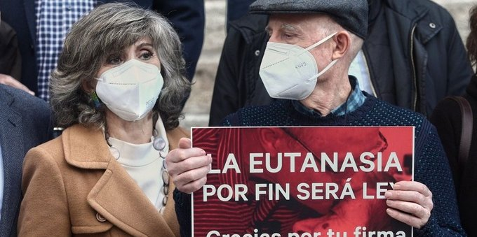 L'eutanasia è legge in Spagna: è il 4° paese in Ue.