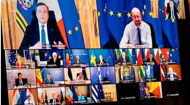 """Vaccini Covid, Draghi alla Ue: """"Accelerare, e no scuse per le aziende inadempienti"""""""